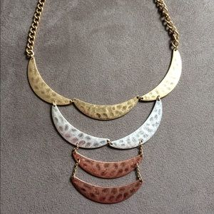 Fashion necklace. Length 16-18 in. NWOT